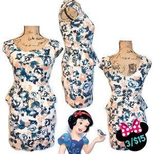 Timing Vintage Floral Fitted Dress Size Small